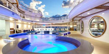 宁静湾游泳池