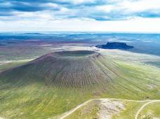 内蒙古乌兰察布黄花沟旅游区+乌兰哈达火山地质公园+辉腾锡勒草原2日1晚跟团游(5钻)·上门接送·全程无购物·做的就是游玩体验·内蒙古当地的旅行社