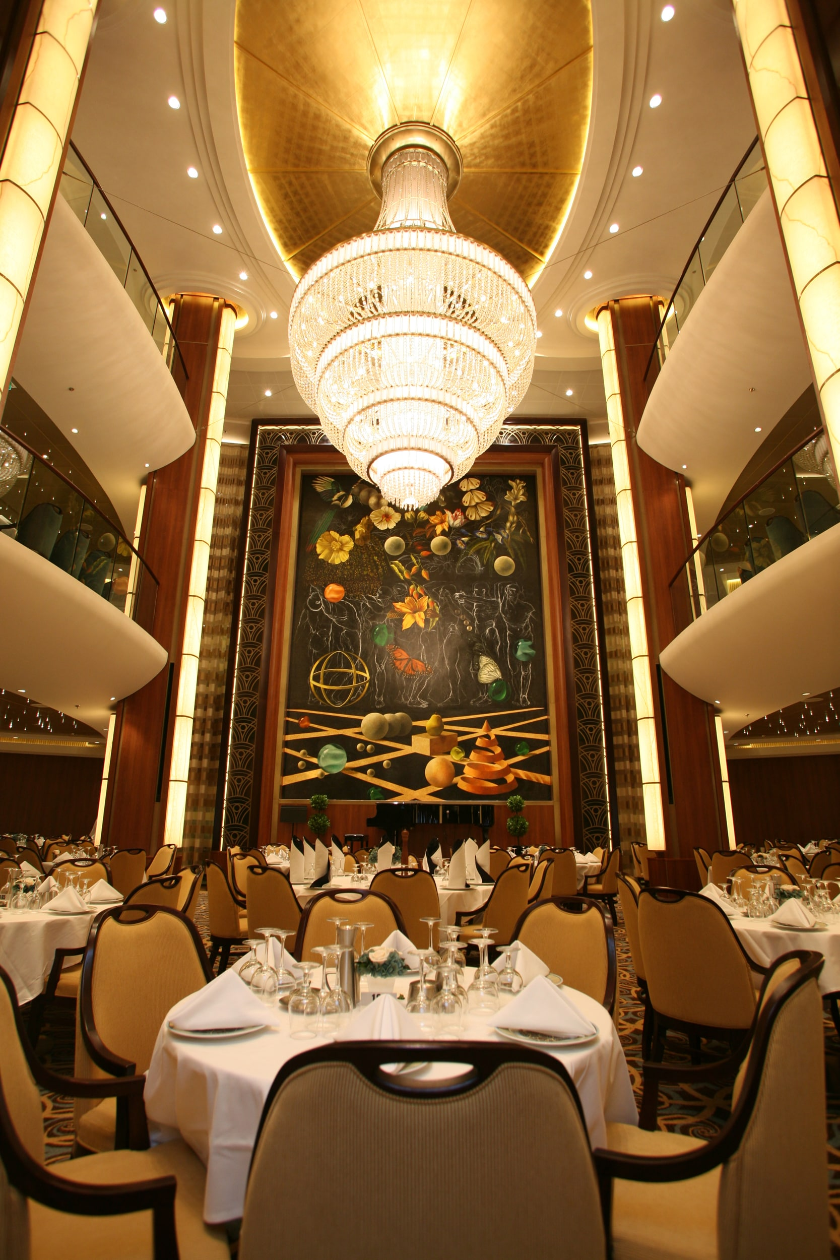 主餐厅 Main Dining Room
