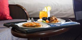 24小时客房用餐服务
