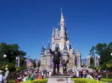 美国佛罗里达州奥兰多4日3晚跟团游·十三大主题乐园:迪士尼世界、环球影城、海洋世界、乐高丨两大特色游