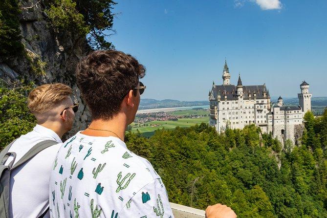 Neuschwanstein and Linderhof Castle Small-Group Coach Day Trip from Munich