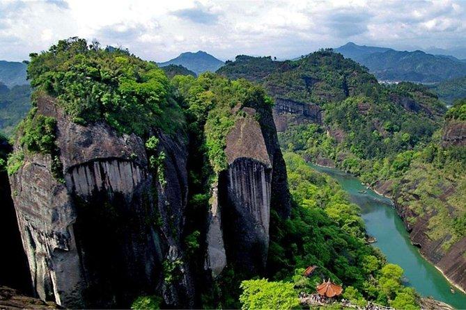 4-Day Private Tour to Hakka Tulou,Xiamen and Mount Wuyi