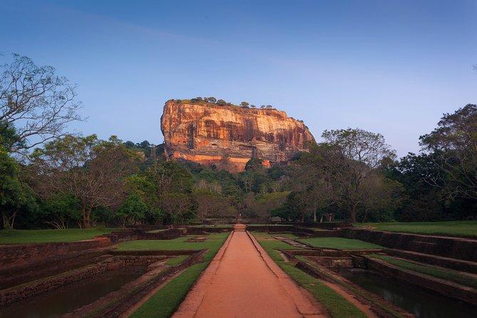 Sigiriya Rock and Village Tour from Sigiriya