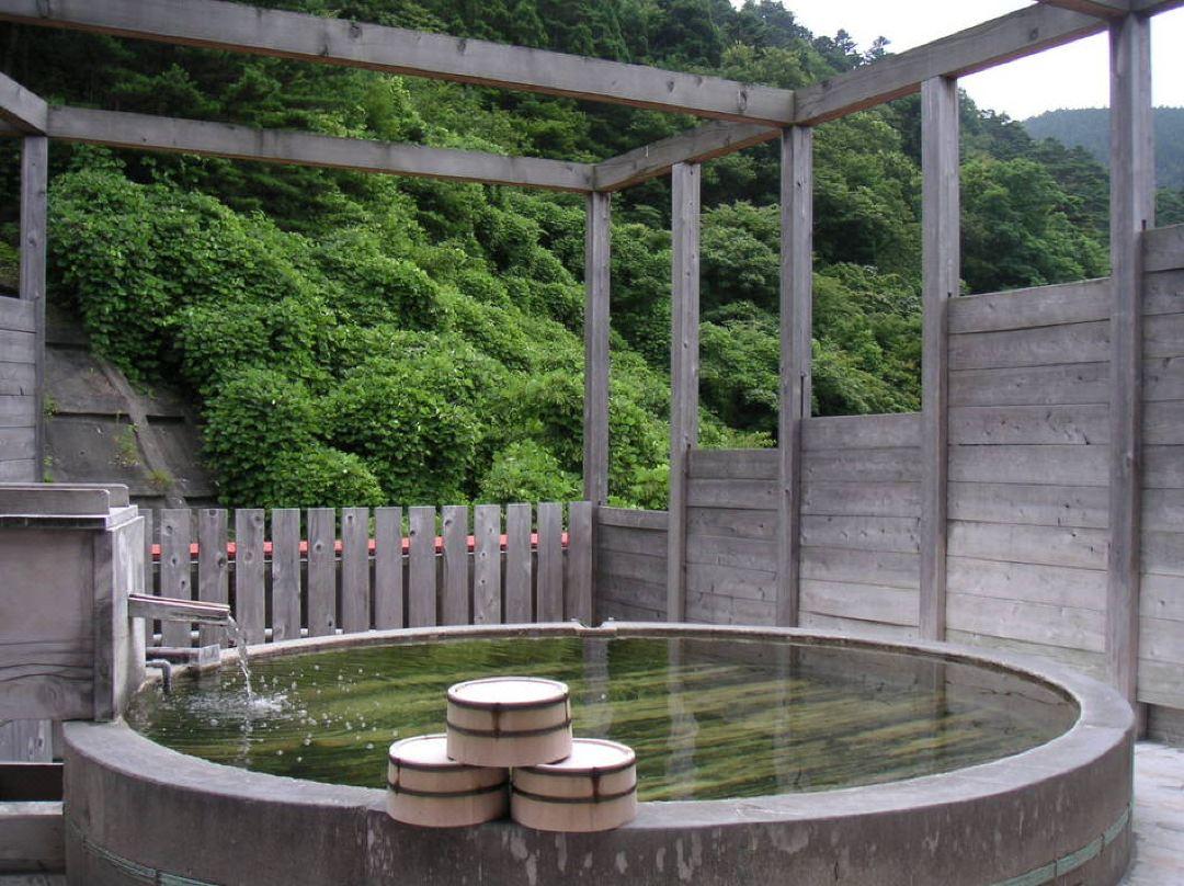 ホテル 扇屋【鳴子峡まで3.1km】