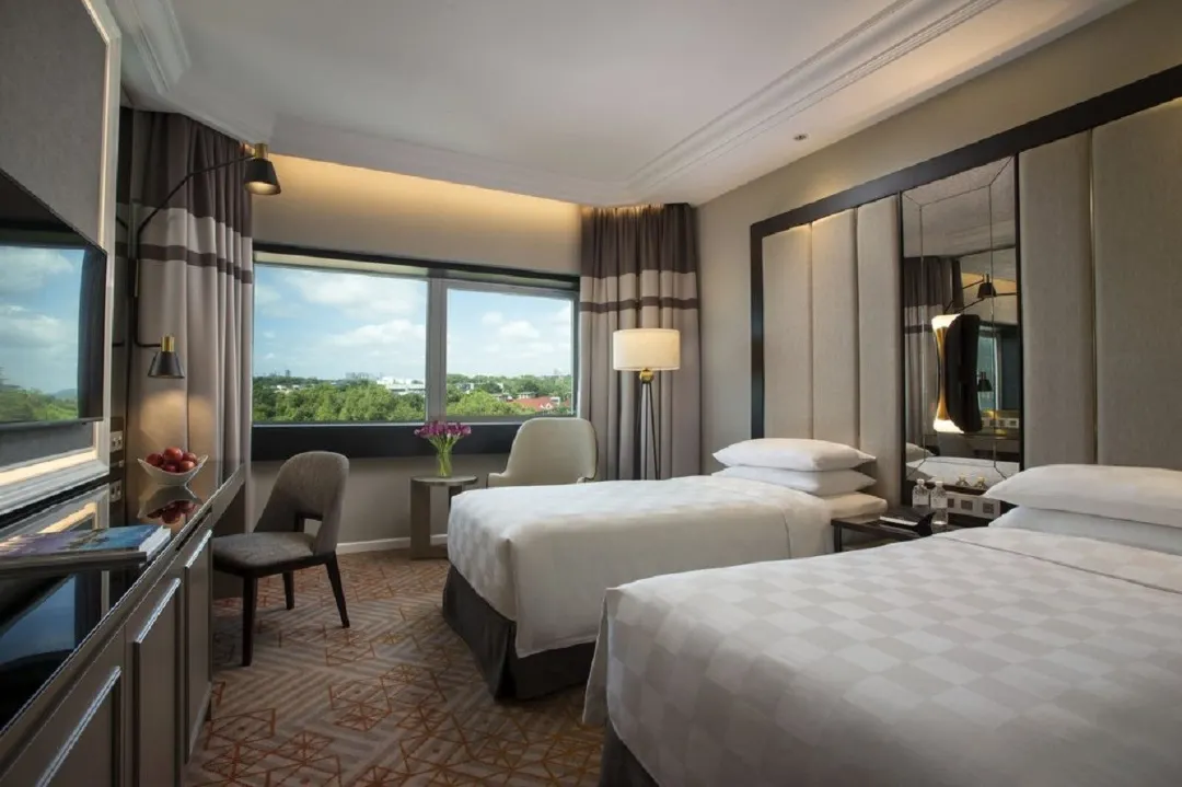 Orchard Hotel Singapore Premier Twin Room photos and amenities