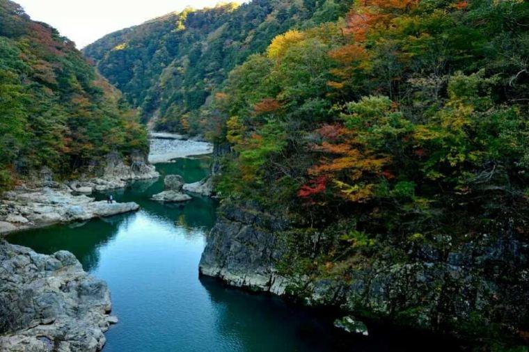 【鬼怒川温泉】紅葉の見頃は10月上旬~11月中旬