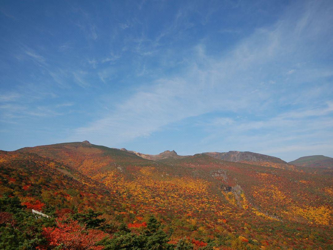 【土湯温泉】紅葉の見頃は10月中旬~11月上旬
