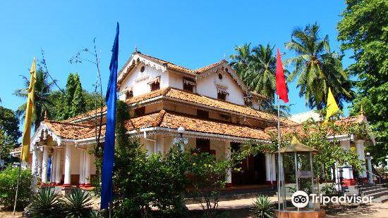 Isipathanaramaya Buddhist Temple