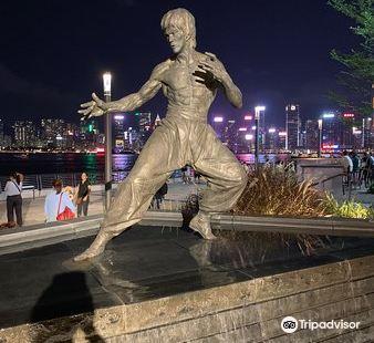 李小龍銅像