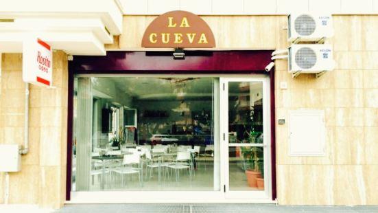 La Cueva drink e food