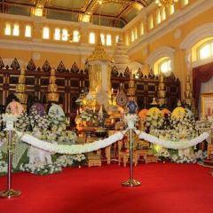 Wat Chana Songkhram User Photo