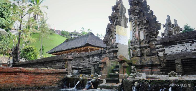 Tirta Empul Temple3