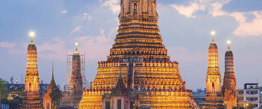 A Buddhist Pilgrimage in Bangkok