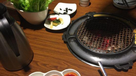 肉队长烤肉 육대장숯불구이(金山万达店)