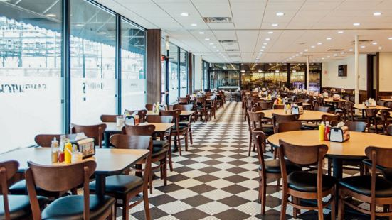 Mannys Cafeteria and Delicatessen