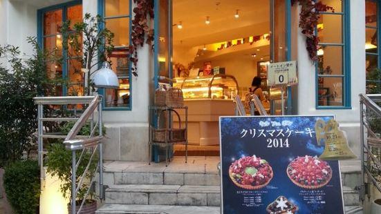 Qu'il Fait Bon(福岡店)