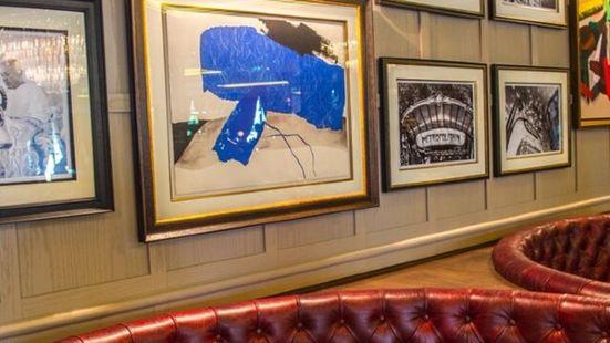 La Résidence Restaurant & Lounge