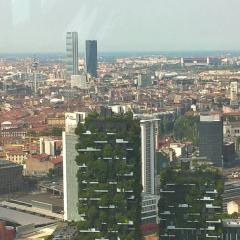 Palazzo Lombardia User Photo