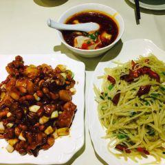 HuaLi Lou Restaurant User Photo