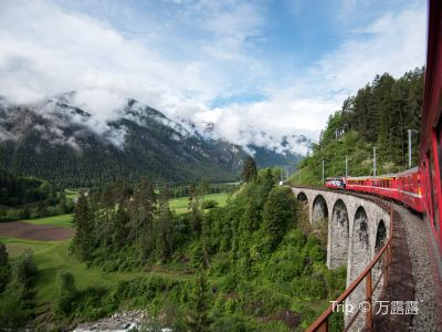 Albula-Bernina express, RhB