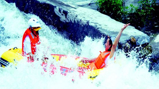 Rapid Adventure Rafting in Huxiao Gorge