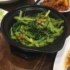 深井陳記燒鵝粉面茶餐廳(新填地街店)用戶圖片