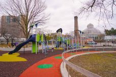 Allan Gardens Off-Leash Dog Park-多伦多-纽约漫时光