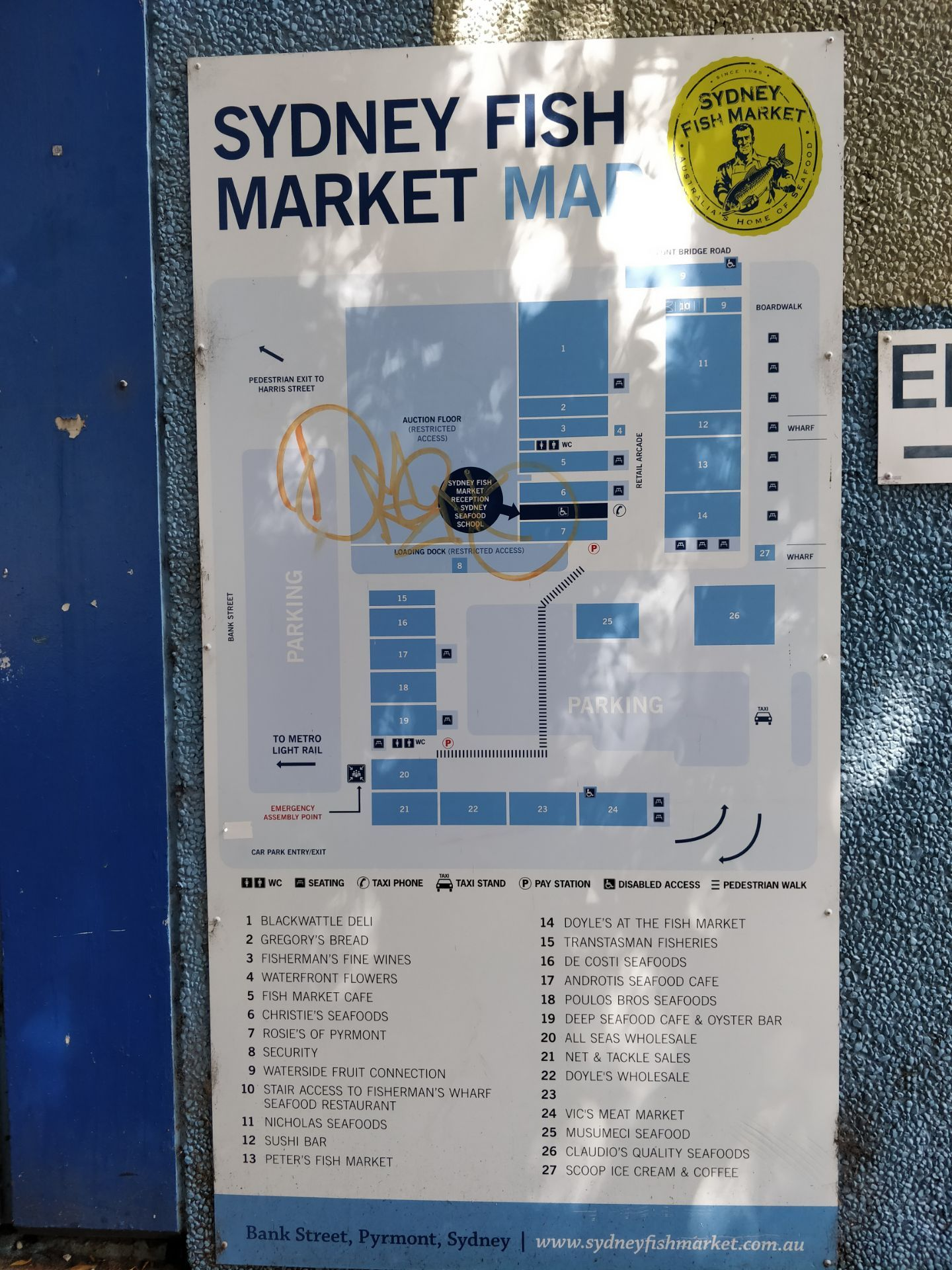 Sydney Fish Market travel guidebook –must visit attractions ... on