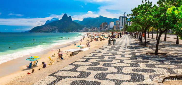 Pictures Of Copacabana Beach In Rio De Janeiro - PictureMeta