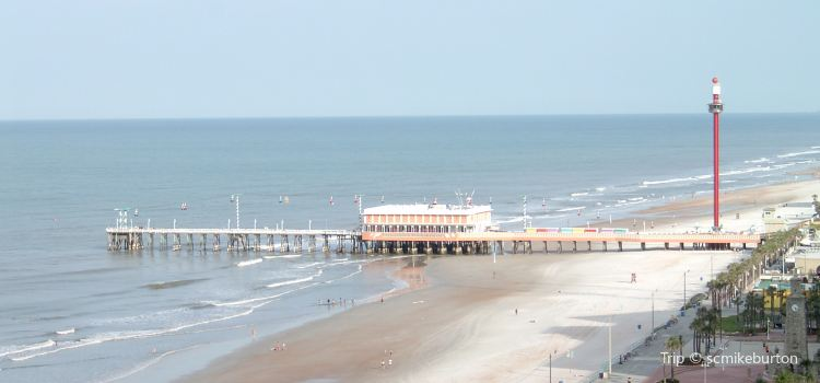 Daytona Beach Main Street Pier Travel