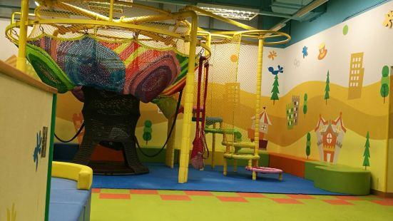 莫莉幻想兒童樂園