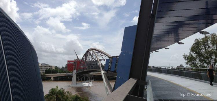 Goodwill Bridge2