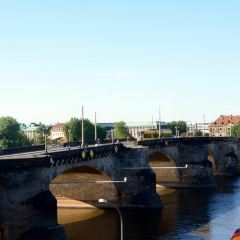 Augustus Bridge User Photo