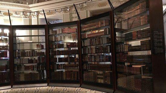 Northwest Santa Rosa Library