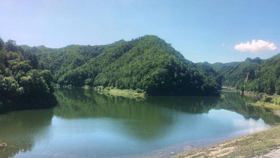雲崖寺國家森林公園