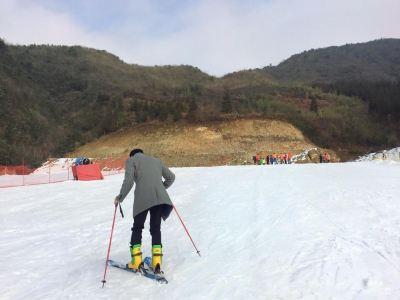 白天池滑雪場