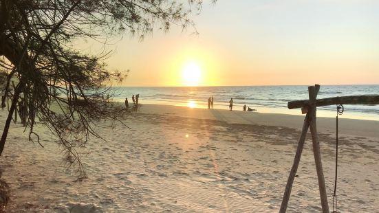 River Bay Beach