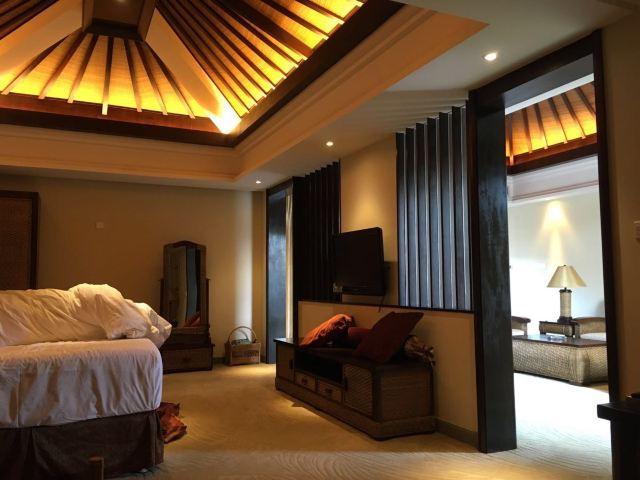 Heyuan Imperial Palace Hotspring Resort