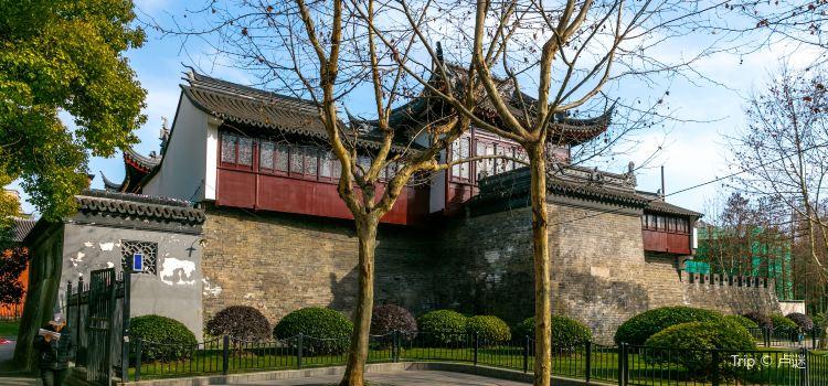 Old City Wall at Dajing Road (Dajing Ge)1