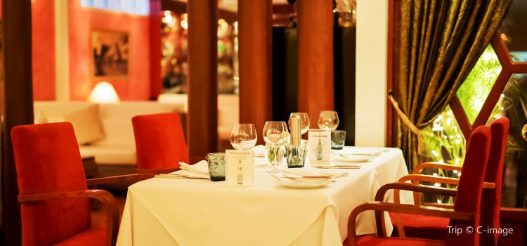 Cafe des Amis2