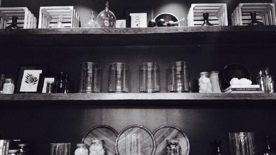 Tavernonna Italian Kitchen