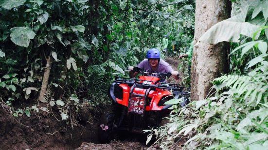 Bali Tour Bakti