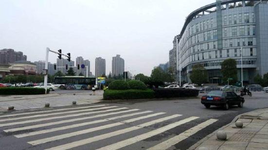 Xiangfu East Road