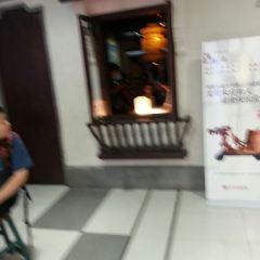 로얄 스트리트 여행 사진