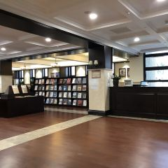 Shanghai Yangpu District Library User Photo