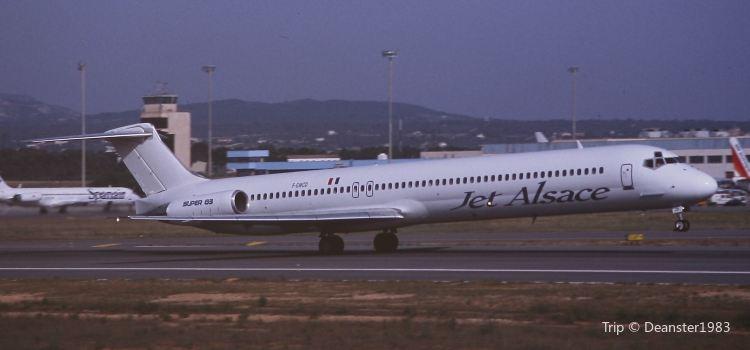 Palma de Mallorca Airport (PMI)1