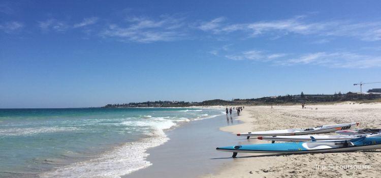 Leighton Beach1