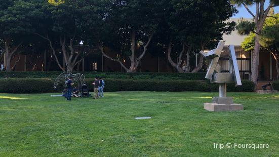 Franklin D. Murphy Sculpture Garden