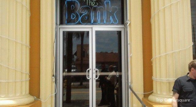 The Bank & Blues Club2